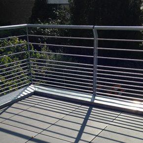 Balkon mit Keramikplatte auf Stelzlagern