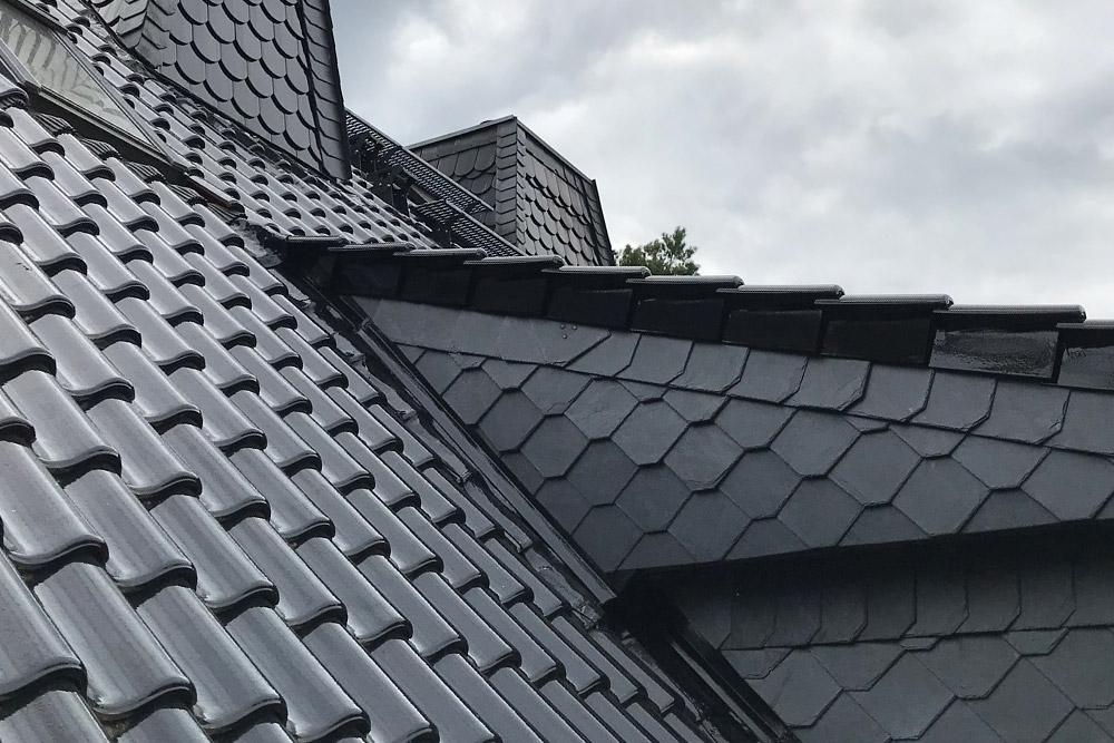 Dachwartung – glasierte Dachfläche nach 16 Jahren noch Top in Ordnung
